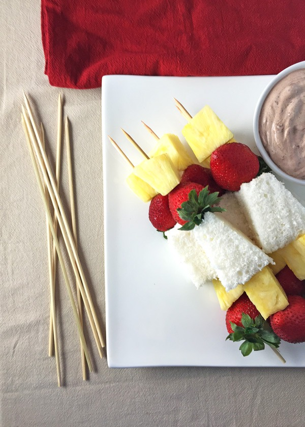 Strawberry Pineapple Kabobs with Chocolate Yogurt Dip