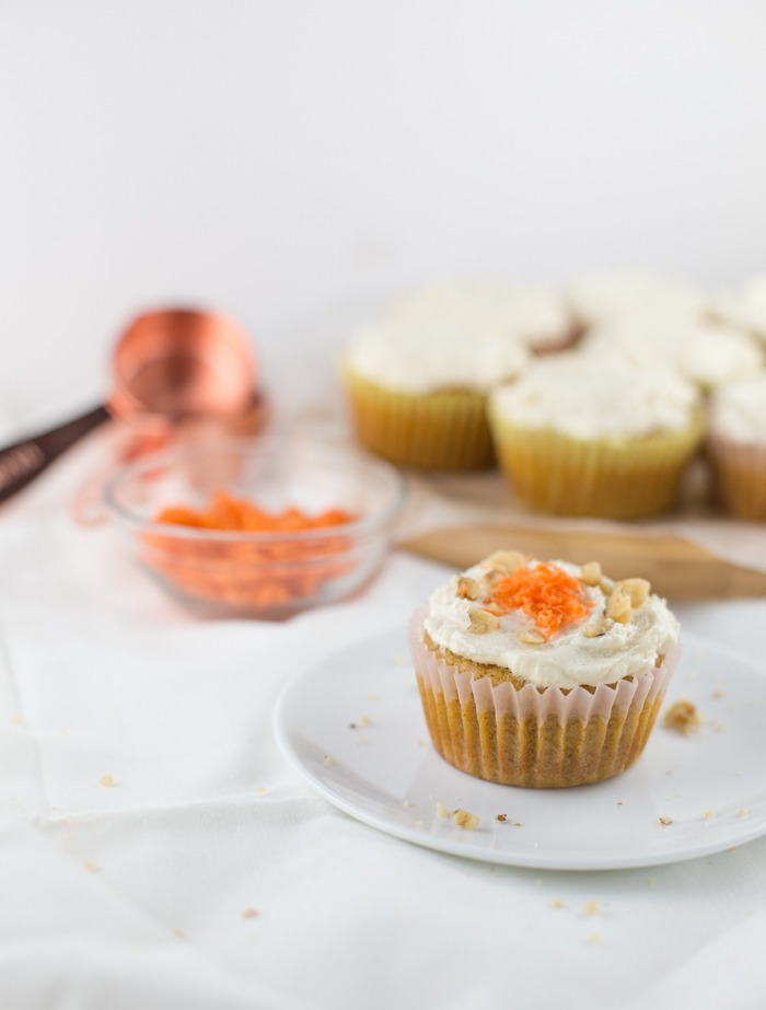 low sugar carrot cake cupcakes